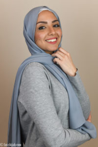 hijab in gray