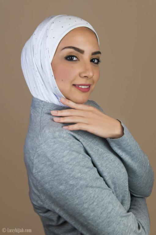 الحجاب الفاخر