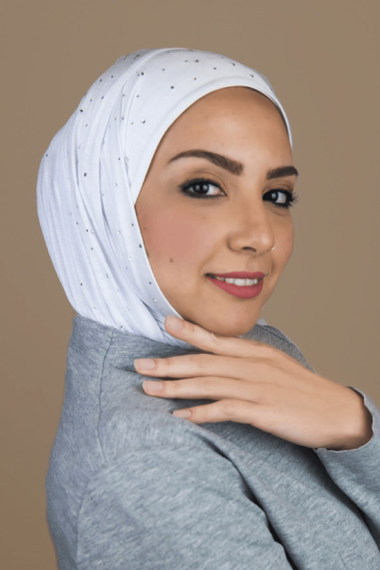 3 Inspiring Hijab Colors That Every Hijabi Woman Must Own