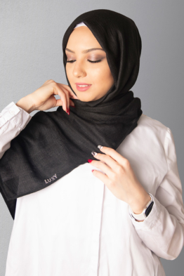 Cashmere Hijab in Black