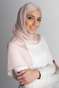 pink hijab