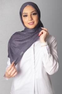 حجاب بنفسجي