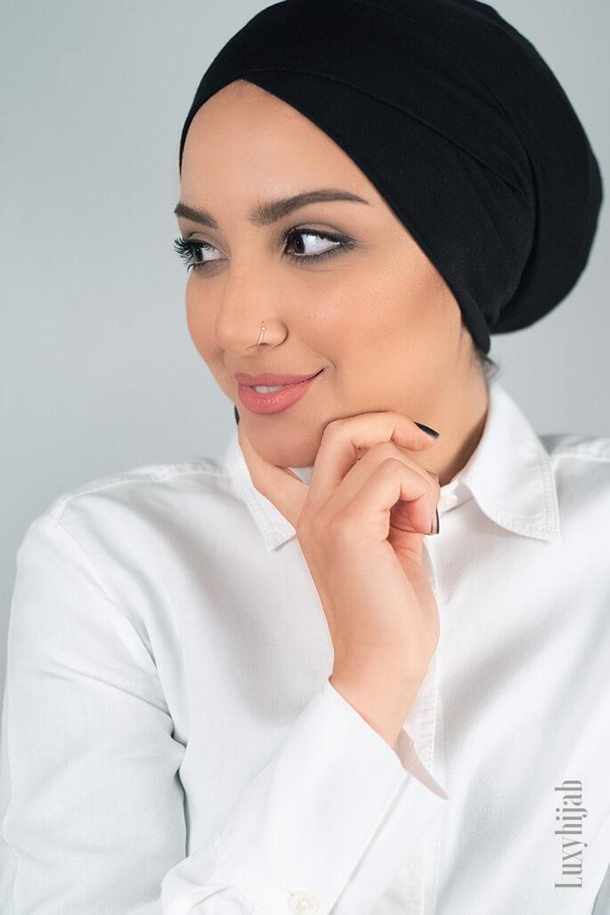 underscarf hijab in black