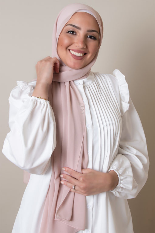 hijab in bare pink