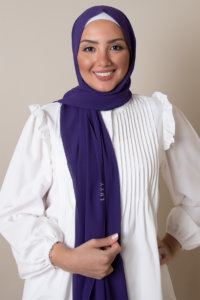 chiffon hijab in violet color