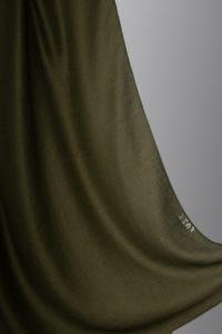 حجاب قطن باللون العشبي