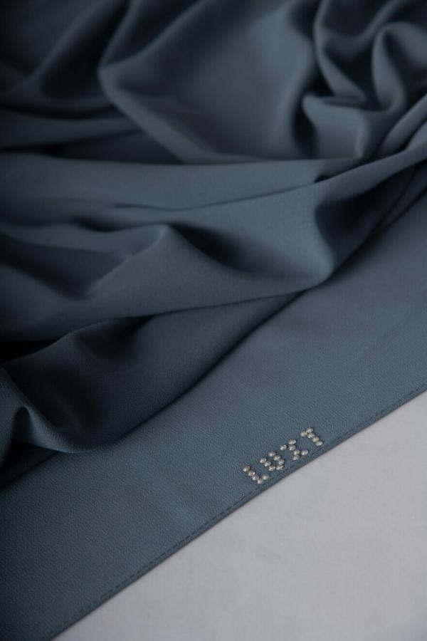 stone hijab details