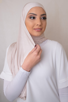jersey hijab in pale