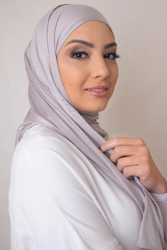 Premium Jersey Hijab in Creamy Gray