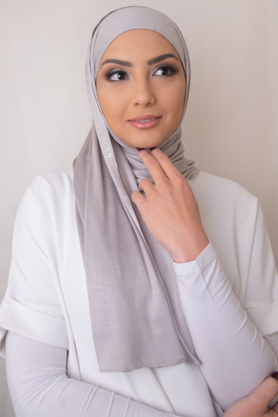 jersey hijab in creamy gray
