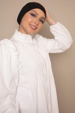black bonnet cap