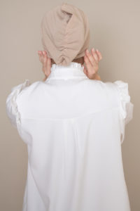 closed underscarf bonnet