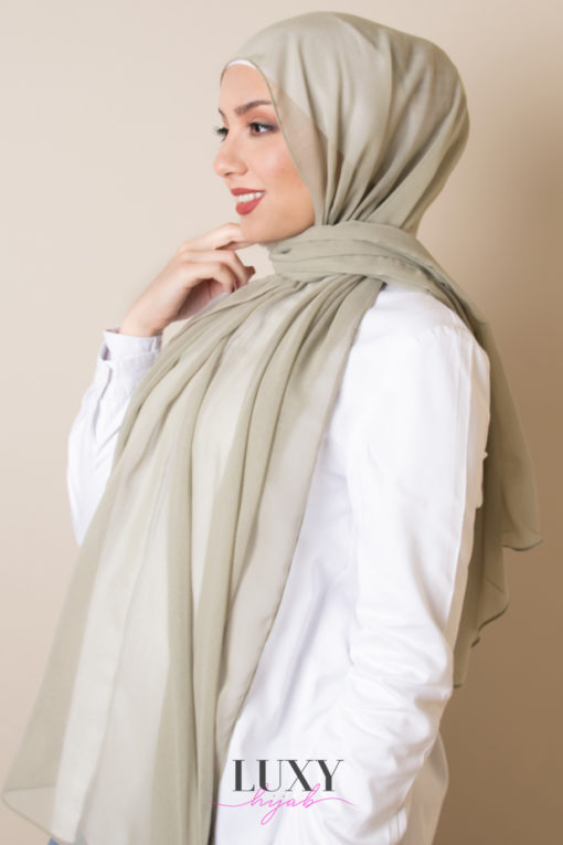 حجاب قطن فوال باللون الزيتوني