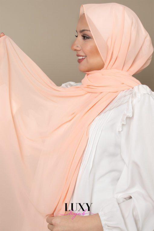 حجاب شيفون بلون السلمون